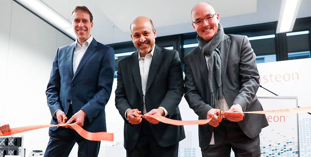 Karlsruhe_Ribbon_Cutting_main